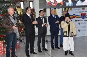 """La Consiliul Județean Maramureș a avut loc vernisajul expoziției """"România din căruțe"""""""